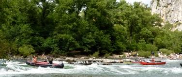 Bloke in Grabner inflatable canoe showing off