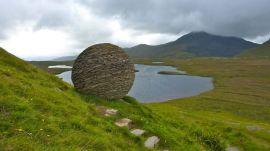 Stoneball at Knockan Crag