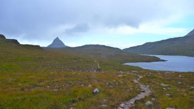 Towards Lochan Fada