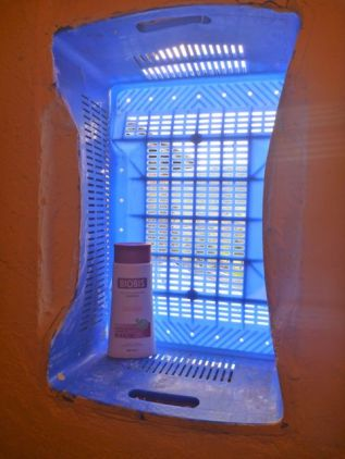 Ingenious fruit crate vented window